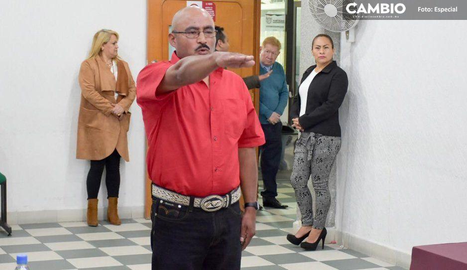 Heriberto Bernal Pérez rinde protesta como presidente auxiliar de Moyotzingo