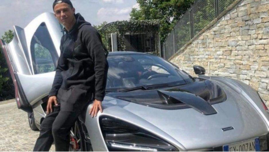 Cristiano Ronaldo estrena espectacular McLaren Senna (VIDEO)