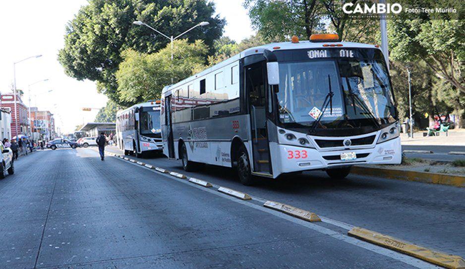 Encañonan y asaltan a reportero de CAMBIO en paradero Pino Suárez de RUTA Línea 2
