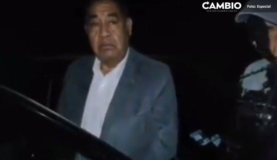 Alcalde de Amozoc intenta mediar  conflicto y lo retienen pobladores