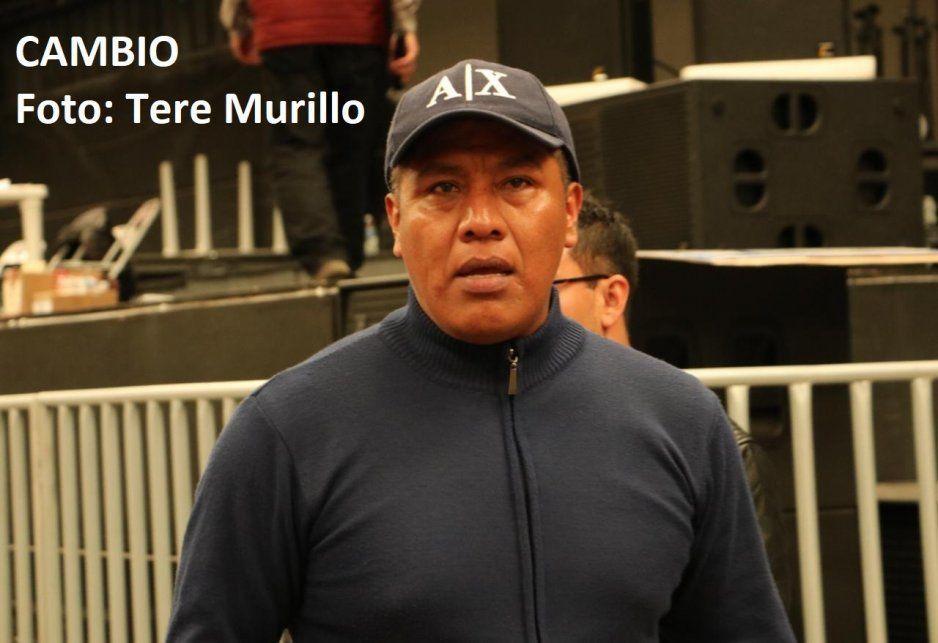 Golpean a particular de regidor de Morena por grabar a militantes acarreados en Distrito 11 (VIDEO)