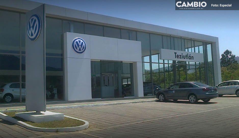 Grupo armado atraca agencia de autos Volkswagen en Chignautla, se llevaron 300 mil pesos