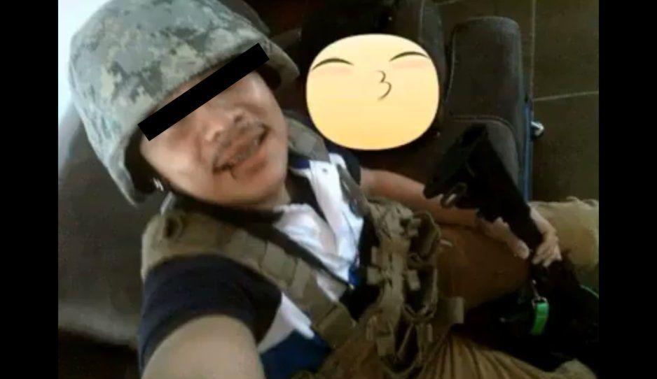 El Brackets, niño sicario del Cártel del Noreste presume VIDEO con armas de la Guardia Nacional