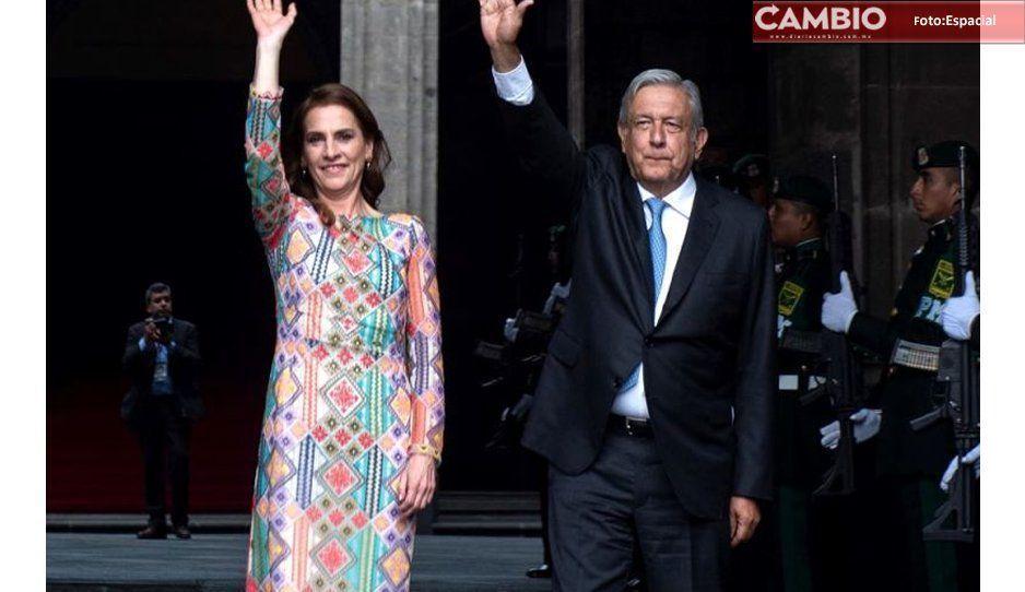 Beatriz Gutiérrez Triunfa Con Un Vestido Bordado Con Toque