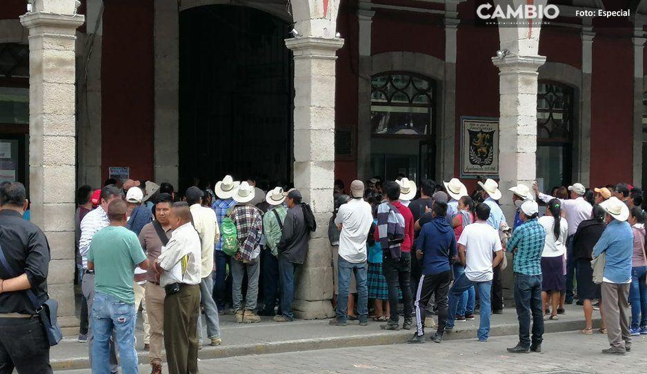 Vecinos de la localidad de Xaltepec, Huauchinango, piden al edil auxiliar que no se expropie un manantial