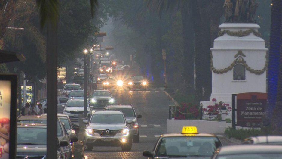 Ni la lluvia ayudó a que bajara la contaminación… todavía aumentó