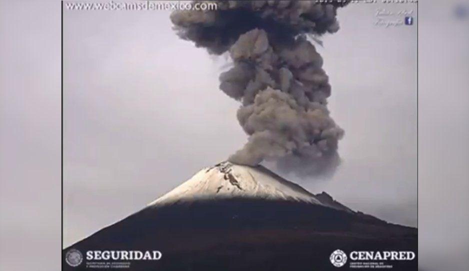 VIDEO: Así se vio la explosión del Popocatépetl desde San Nicolás de los Ranchos