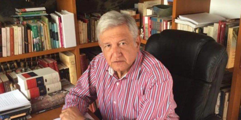 AMLO anuncia que escribe nuevo libro, abordará fraude electoral del 88