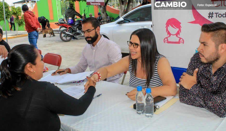Alcaldesa Norma Layón atiende peticiones  de pobladores de Tecaltzingo, Texmelucan