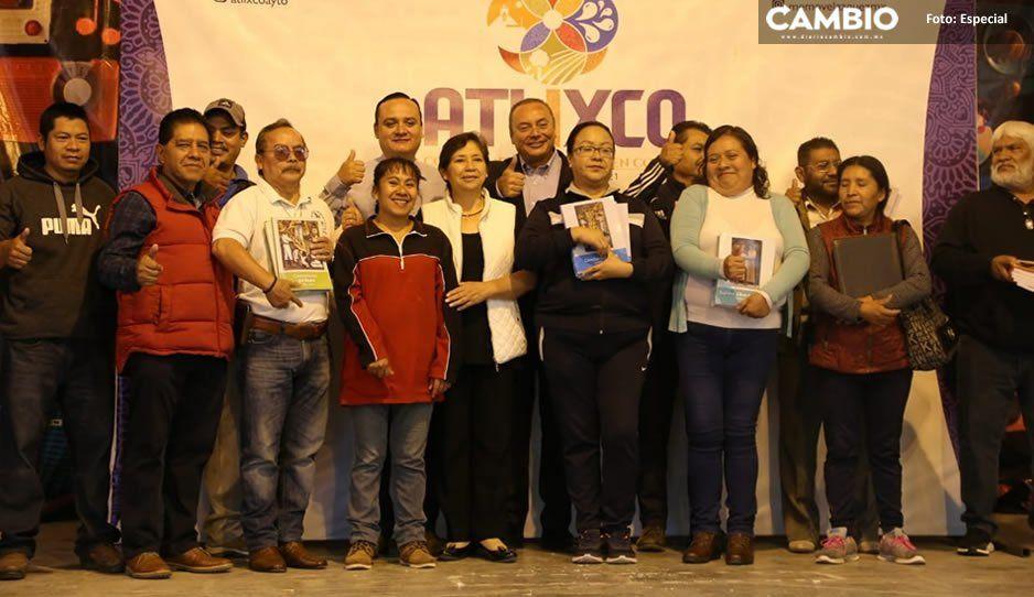 Entregan Gobierno de Atlixco y SEP más de 140 mil libros escolares a 173 instituciones educativas