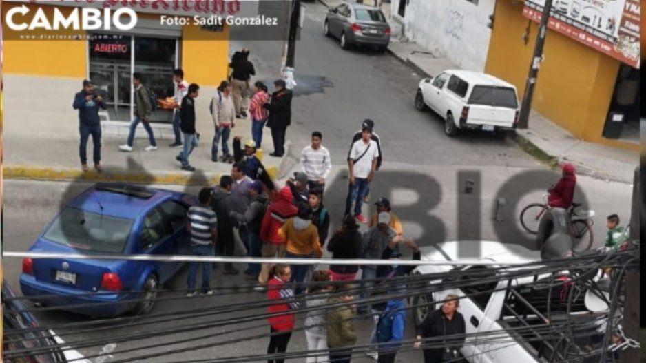 Manifestantes vuelven a cerrar la federal Puebla – Tehuacán en Amozoc