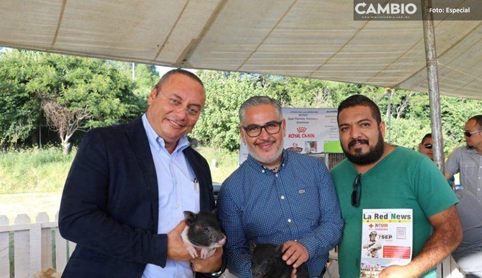Guillermo Velázquez realiza Primera Feria  Agroalimentaria en Atlixco y otorga apoyos