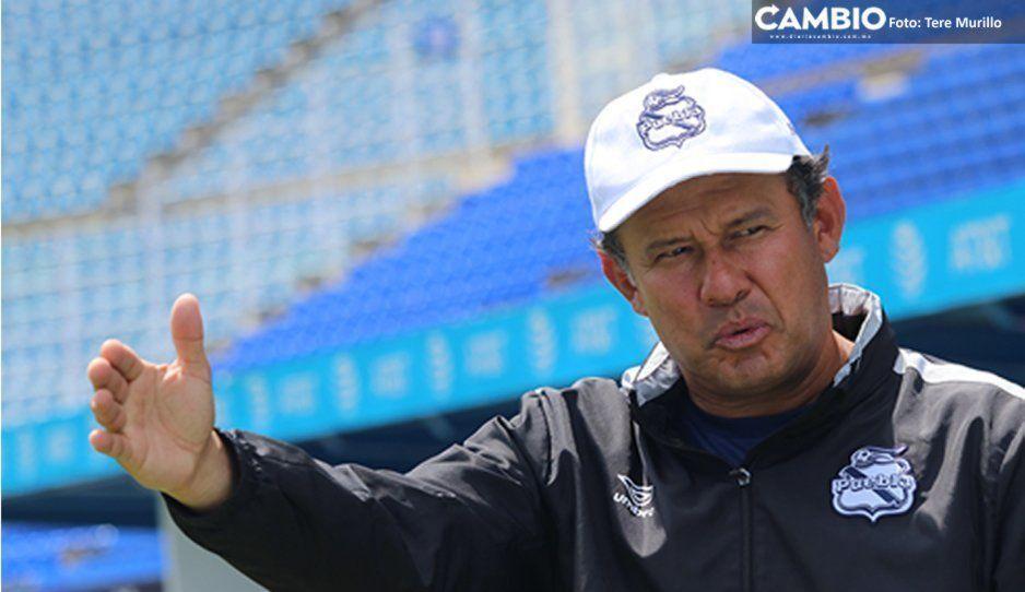 ¡Fuera Reynoso! Aficionados piden la salida del técnico de La Franja tras derrota con Necaxa (VIDEO)