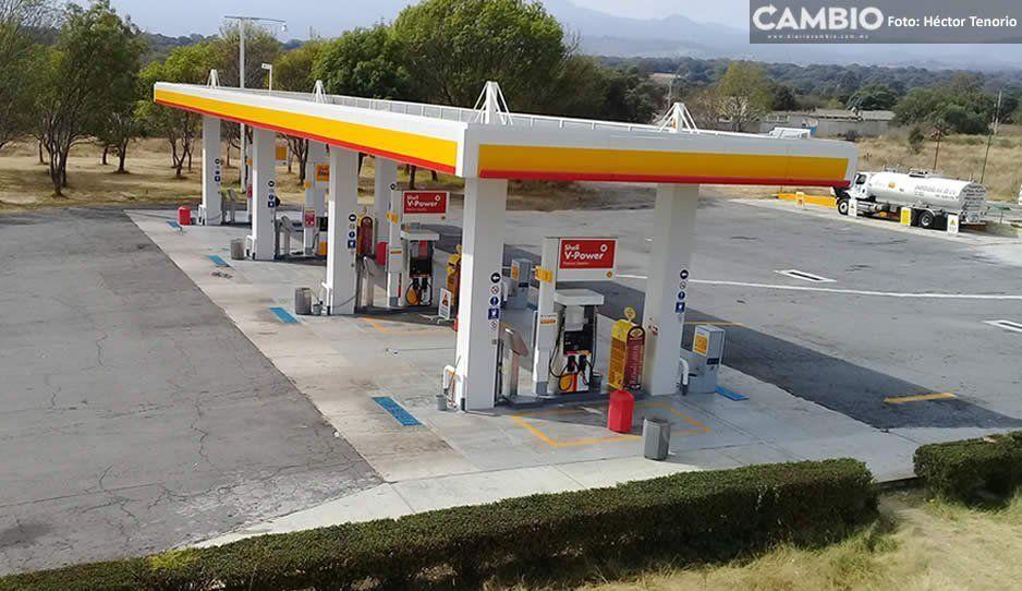 Sigue el desabasto de combustible, gasolinera de la México-Puebla continúa vacía