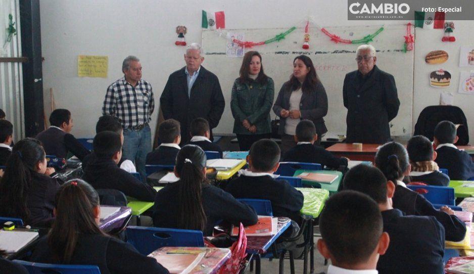 Carlos Peredo prevé construir primera  escuela secundaria estatal en Teziutlán