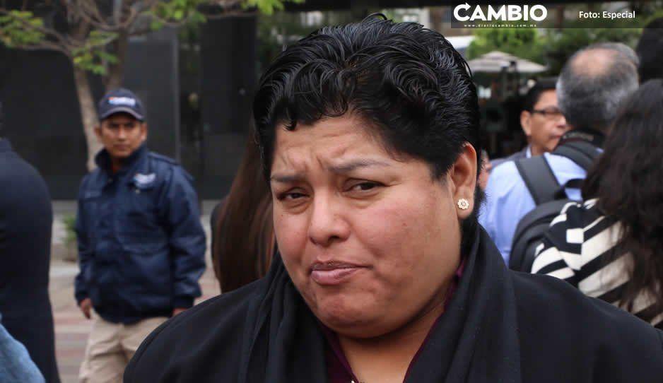 Karina Pérez contrata seguros de vida con una de las empresas con más quejas ante Condusef