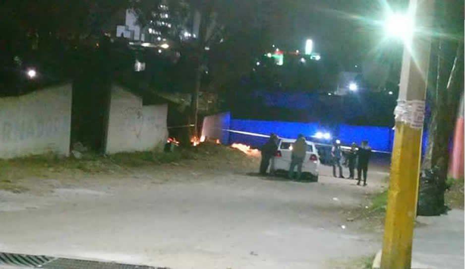 Hallan cuerpo calcinado en fábrica abandonada en Santiago Momoxpan