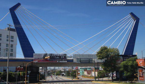 Extirparán tirantes inútiles de los puentes de Moreno Valle: sólo sirvieron  para poner sus iniciales (VIDEO)
