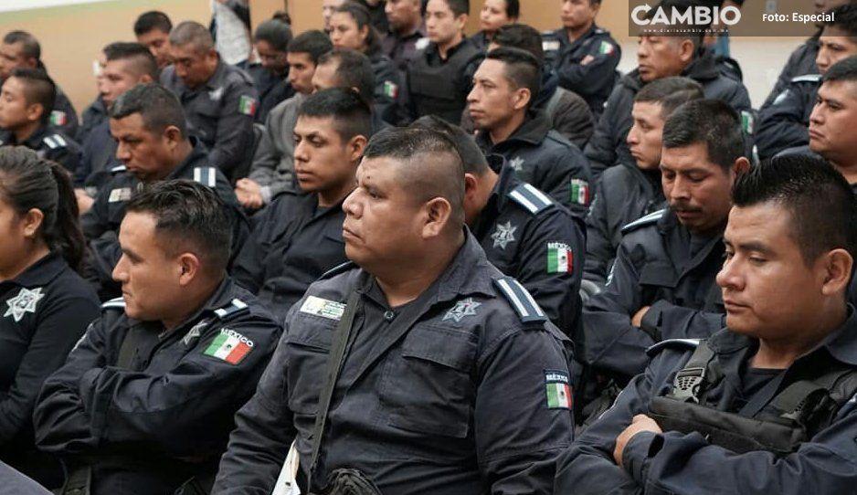 Despiden a dos policías municipales de  Xicotepec por nexos con huachicoleros
