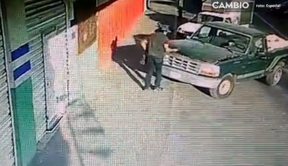 VIDEO: En tan sólo 15 segundos este ladrón se sale con la suya en Texmelucan