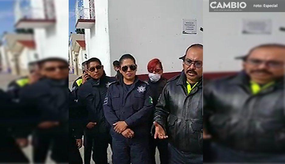 Policías de Amozoc hacen paro ¡el alcalde les quiere transar parte de sus aumentos y estímulos! (VIDEO)