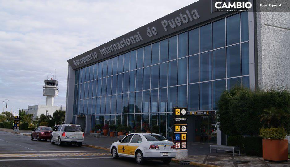Detienen en el aeropuerto de Puebla a sujeto a punto de abordar avión a EU con dos migrantes hondureños