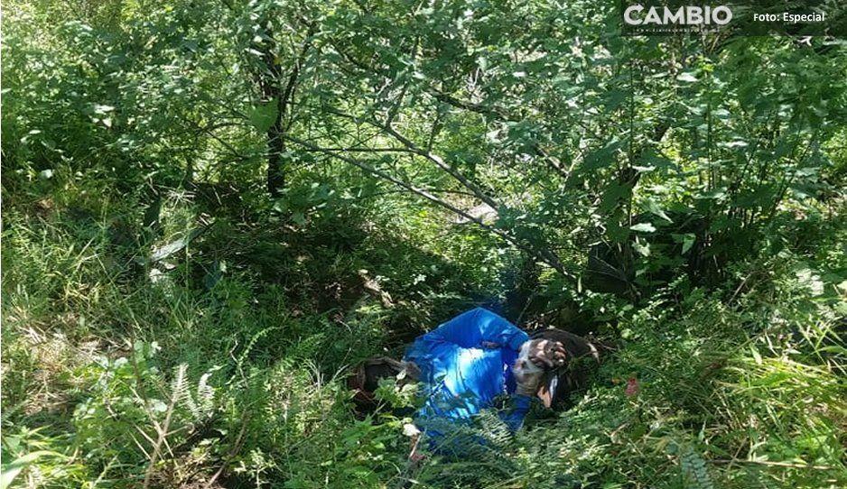 Al fondo de una barranca de Texmelucan, encuentra cadáver