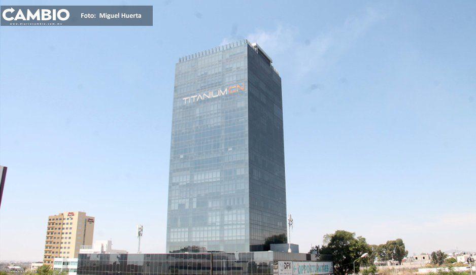 Se incendia Torre Titanium por  sobrecalentamiento de extractor