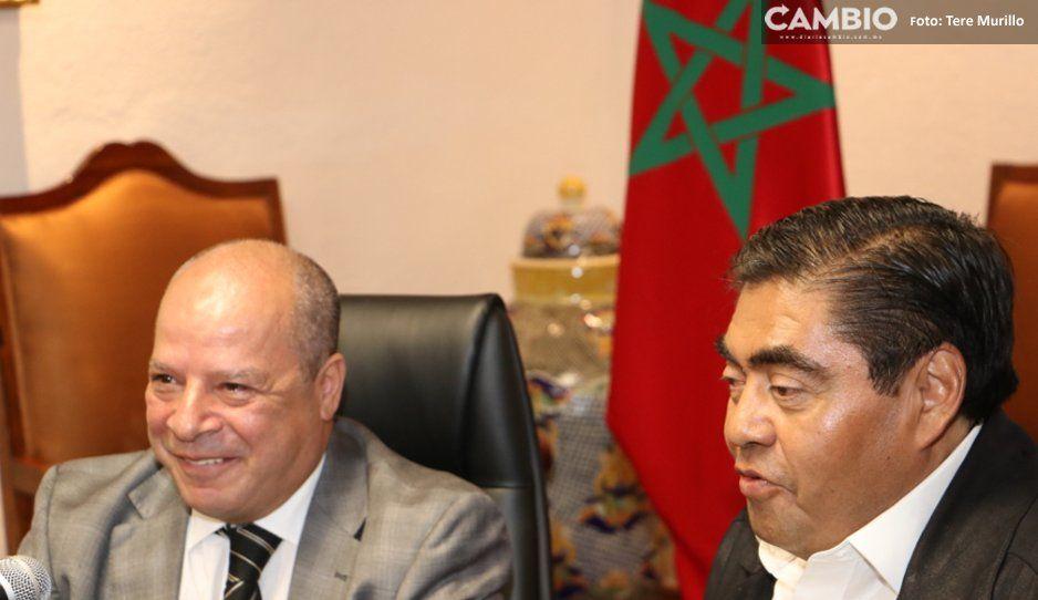 Gobernador Barbosa se reúne con embajador de Marruecos