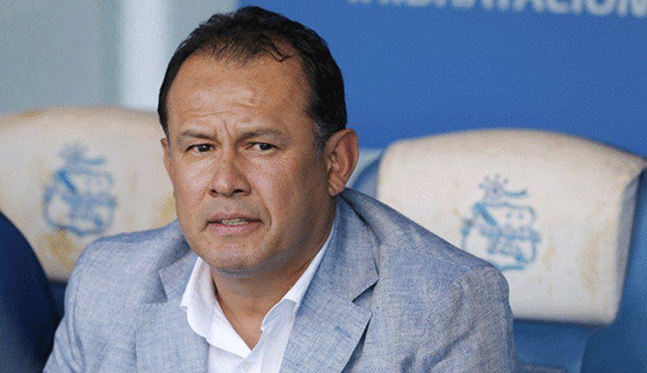 Puebla es un club pobre, pero decente: Juan Reynoso
