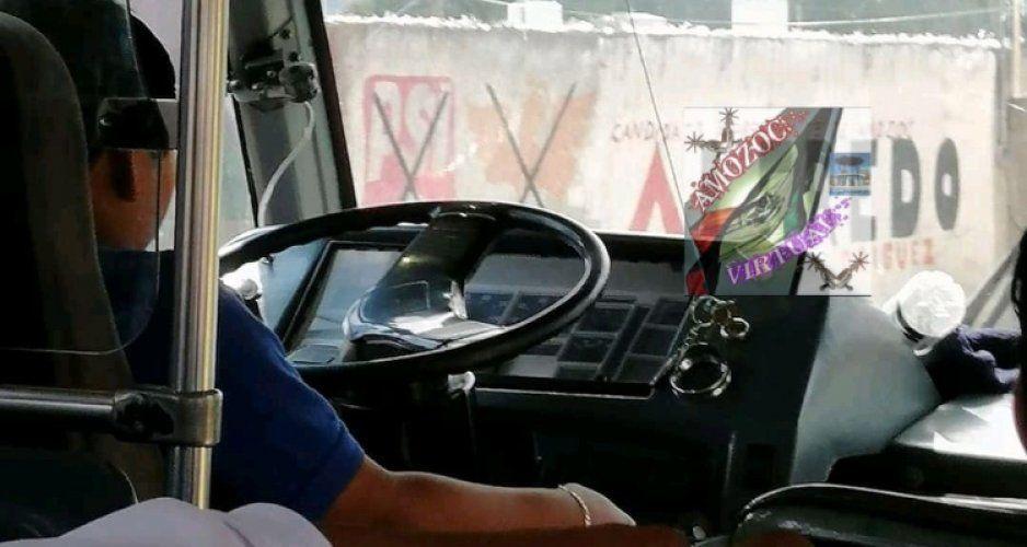 ¿A dónde vamos a parar? Niño de 12 años conduce Ruta 100 Puebla-Amozoc
