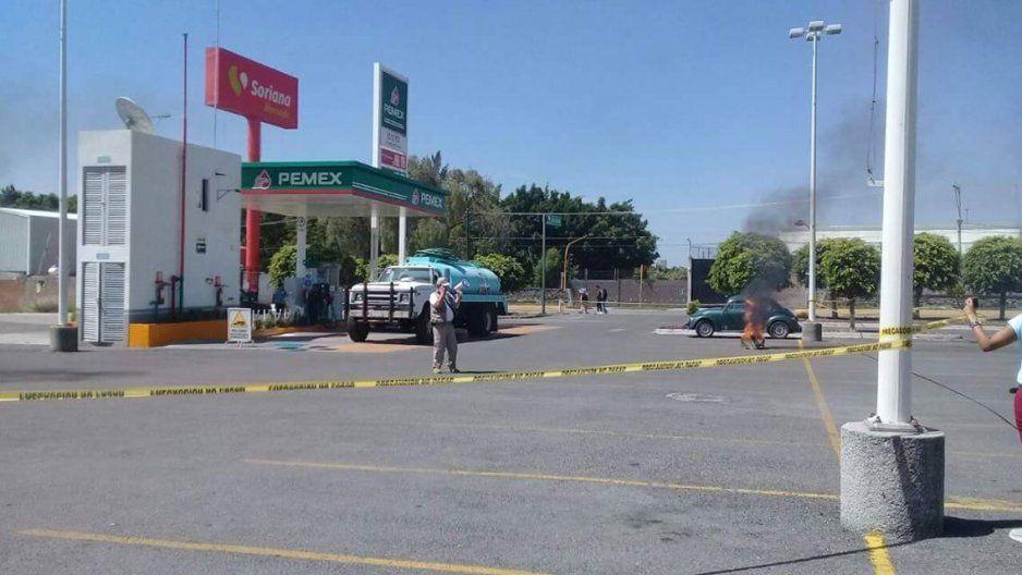 Roban auto en el estacionamiento de Soriana Atlixco