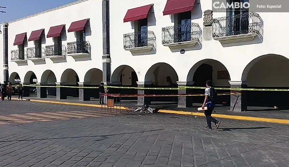 Ayuntamiento de Huejotzingo permanece resguardado por municipales tras desmanes de turba enardecida