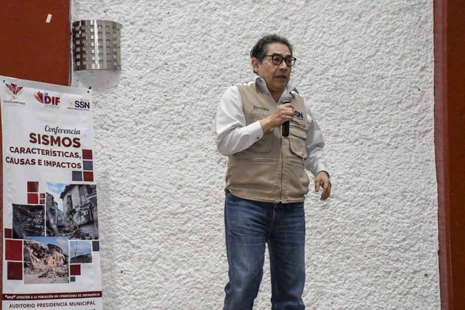 DIF Cuautlancingo organiza conferencia Sismos, características, causas e impactos, impartida por el Servicio Sismológico Nacional