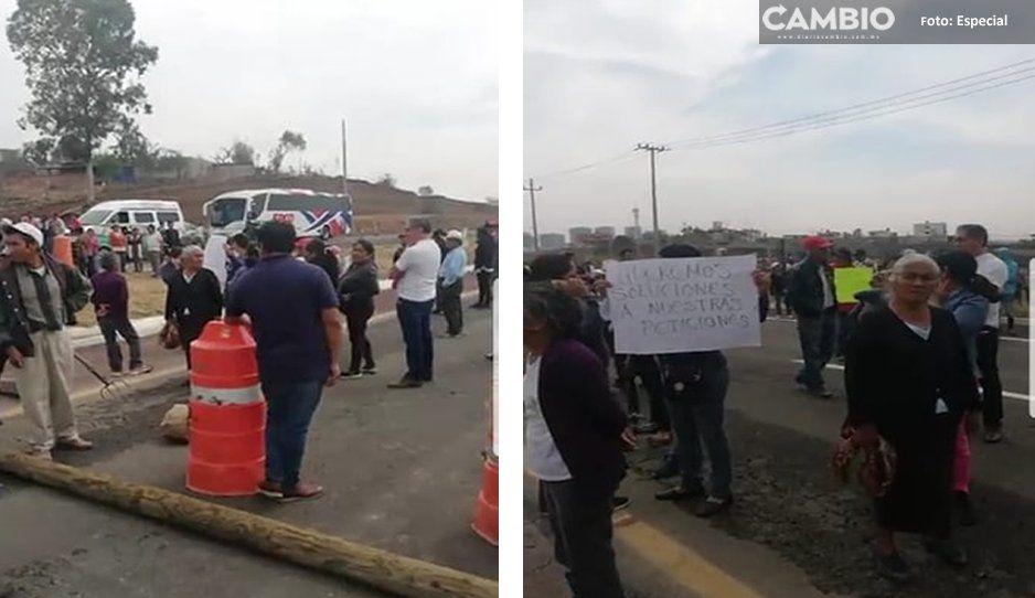 Pobladores de Cacalotepec cierran Autopista Puebla-Atlixco: acusan ecocidio