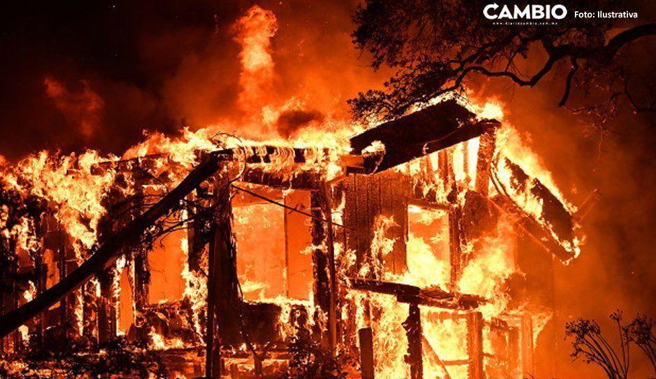 ¡Furia en Cañada Morelos! Pobladores incendian casas en busca de ganado que les fue robado