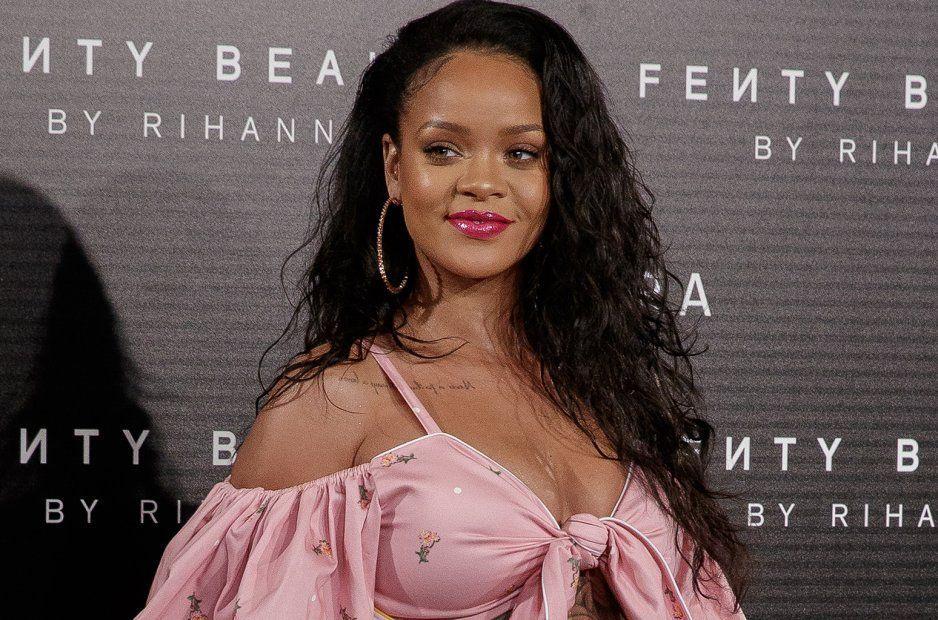 Rihanna presenta una colección de lencería para celebrar San Valentín