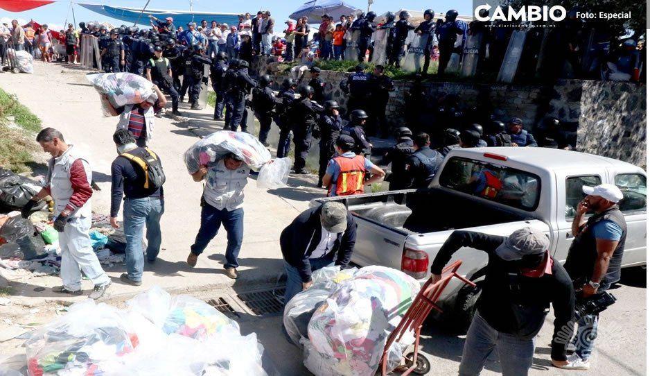 Les decomisan a tianguistas de San Isidro 15 toneladas de ropa de paca