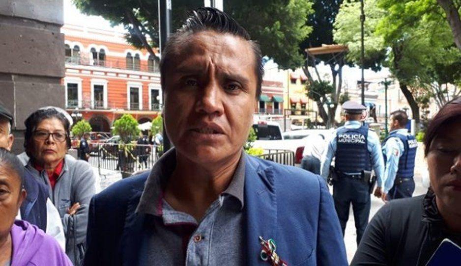Vecinos de Constitución Mexicana exigen al Ayuntamiento alumbrado público y pavimentación