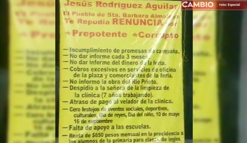 Pobladores de Santa Bárbara Almoloya, toman la Presidencia Auxiliar (VIDEO)