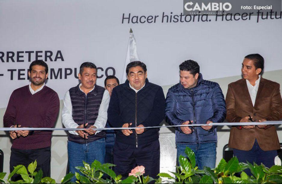Inaugura Barbosa reconstrucción de la carretera Hueytamalco-Ayotoxco-Tenampulco