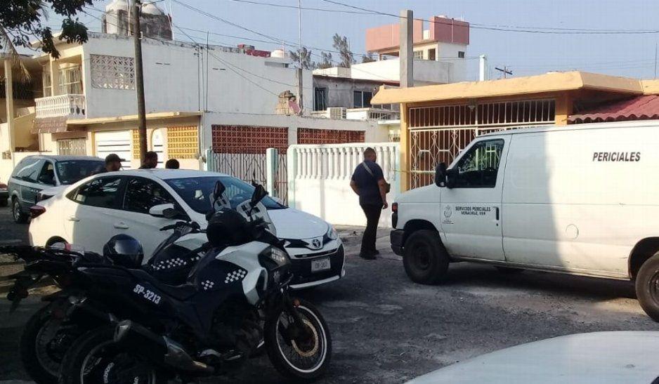 Esquizofrénico mata a golpes a su mamá de 84 años en fraccionamiento de Veracruz