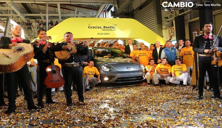 El fin de una era: Volkswagen dice adiós al Beetle, el escarabajo 100 % poblano (VIDEO)
