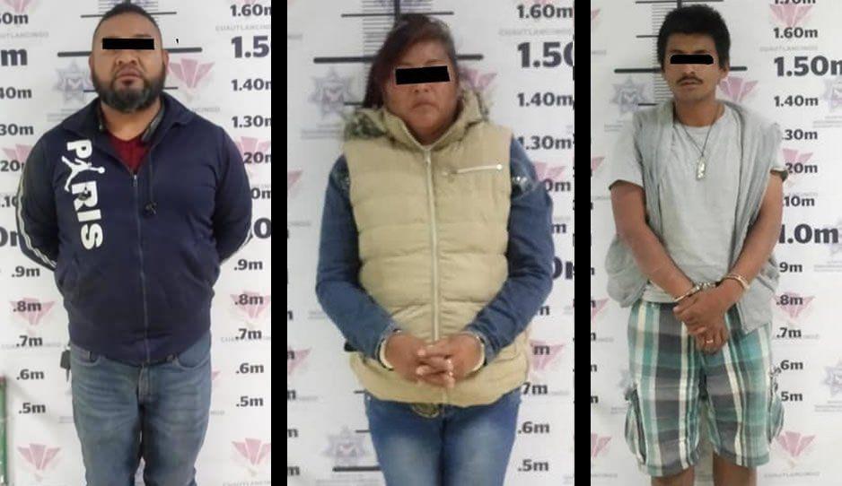 Policías de Cuautlancingo detienen a dos hombres y una mujer por portación ilegal de arma de fuego y daños a la salud