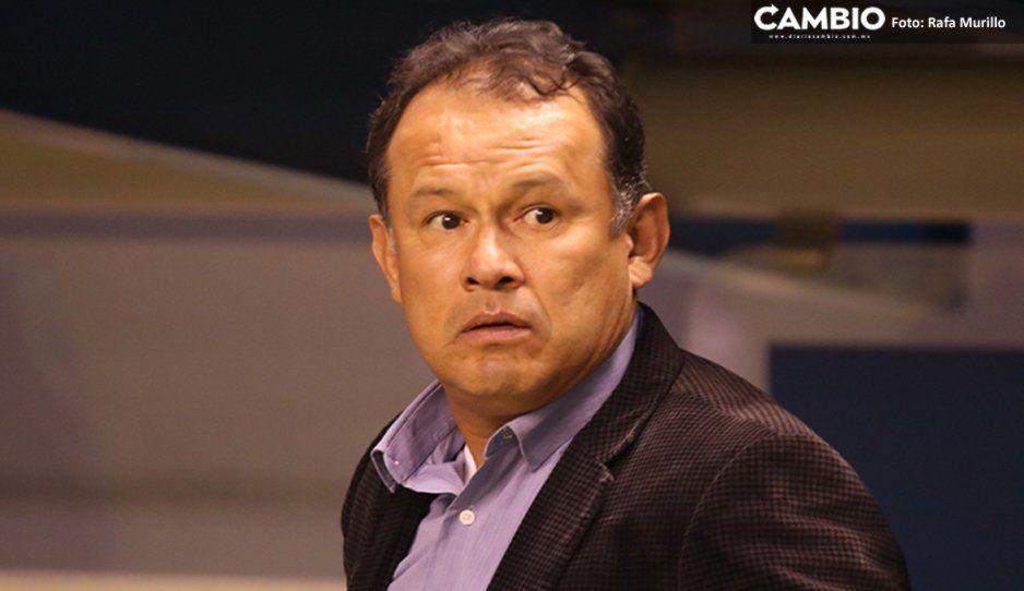 Desmiente Reynoso su salida de La Franja por malos resultados: tengo el apoyo de los jugadores