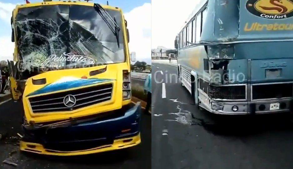 Brutal choque entre ruta Zacatelco y autobús de turismo deja 10 lesionados en la Puebla-Tlaxcala (VIDEO)