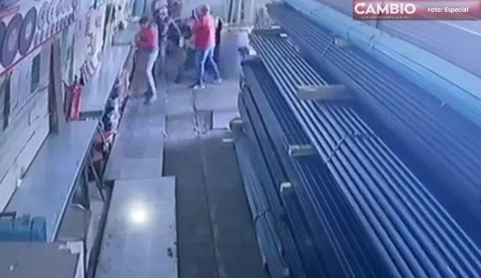 Atracan negocio a metros de donde Policía Estatal montaba operativo en Huejotzingo