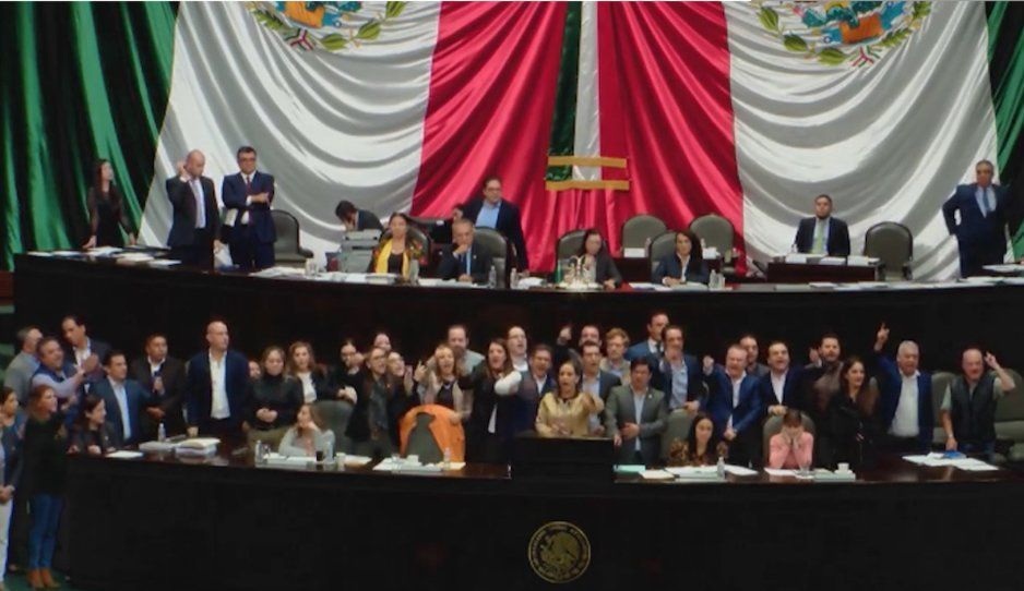 PAN exige renuncia de AMLO y gabinete de seguridad por lo ocurrido en Culiacán, hasta lo llaman cobarde