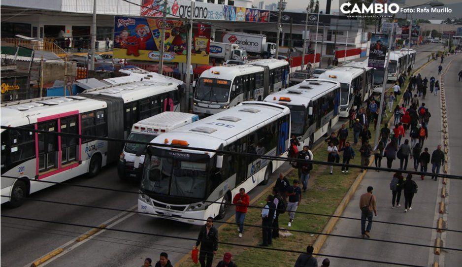 #CaosVial: Por bloqueo en Periférico, Linea 2 de RUTA modifica su recorrido
