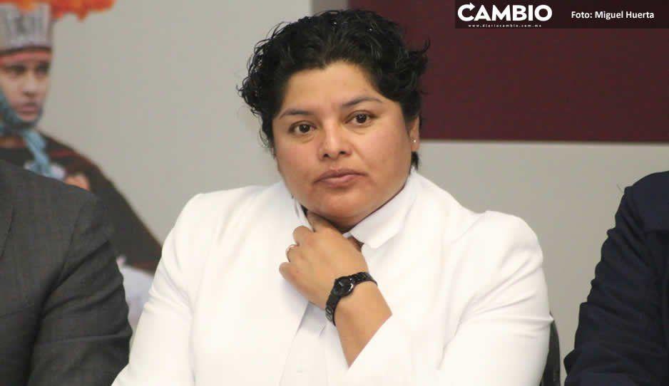 Karina Pérez tolera cobro de mil 800 pesos a taxistas piratas que circulan en San Andrés
